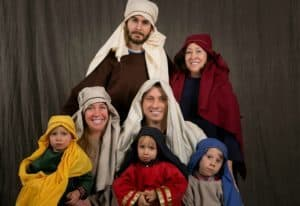 Live Nativity Scenes in DFW: My family at the Wilshire live nativity