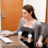 hands-free-pumping-bra-in-action